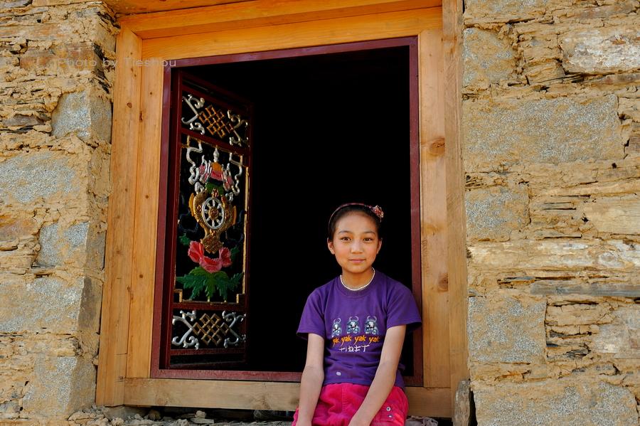 回望东方——诺言,和藏族姑娘小卓玛[原创]_图1-2