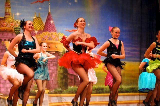 長島社區舞蹈學校的年度匯演--少女篇_图1-4