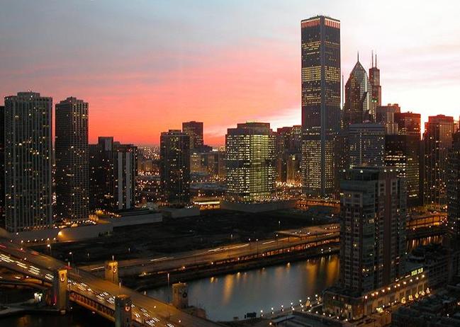 """芝加哥传奇-""""摩天""""之城_图1-2"""