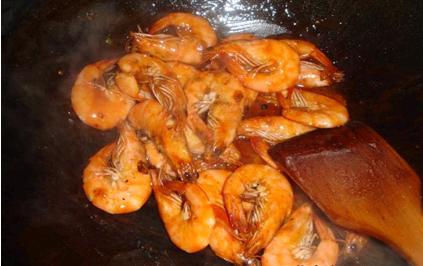 看着就想吃的美味——番茄沙司版油焖大虾_图1-6
