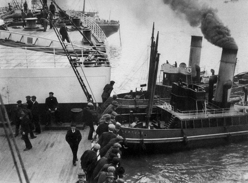 """绝版照:沉没前的""""泰坦尼克""""_图1-14"""