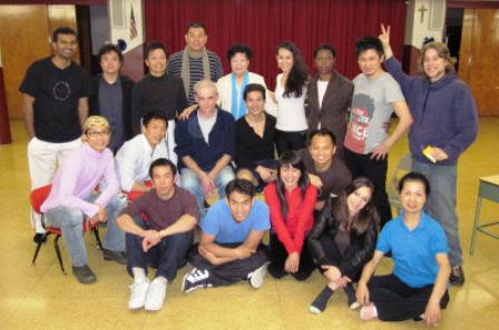 挑战外百老汇:中国历史名剧《灰阑记》在纽约双语上演_图1-3
