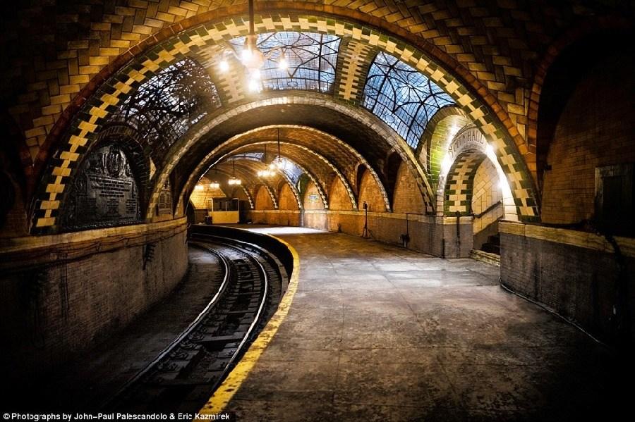 美轮美奂,纽约废弃的地铁站_图1-1