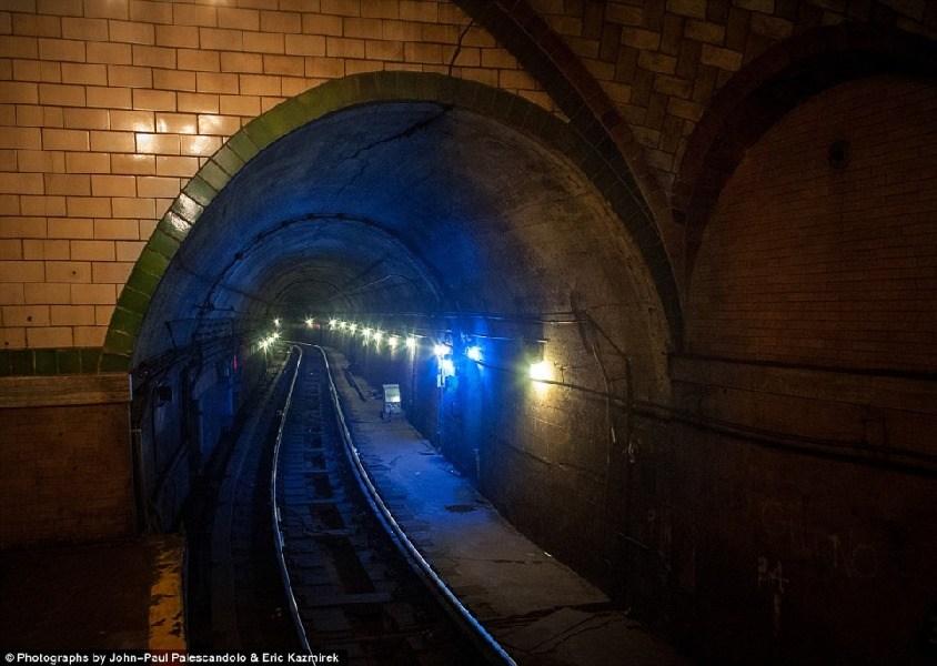美轮美奂,纽约废弃的地铁站_图1-7