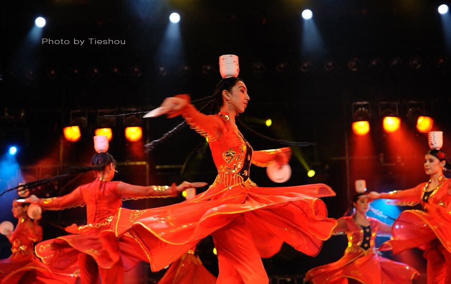 大美新疆——绚丽多姿热情奔放的新疆歌舞[原创]_图1-5