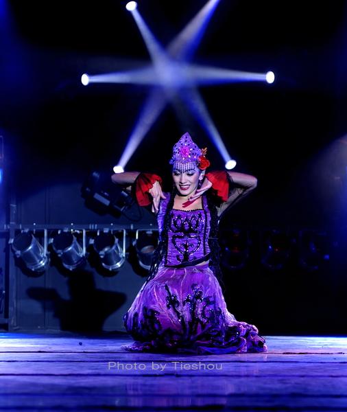 大美新疆——绚丽多姿热情奔放的新疆歌舞[原创]_图1-19