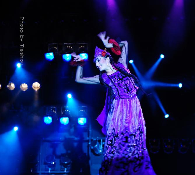 大美新疆——绚丽多姿热情奔放的新疆歌舞[原创]_图1-22