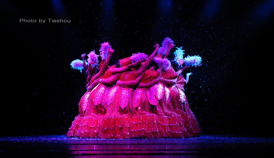 大美新疆——绚丽多姿热情奔放的新疆歌舞[原创]_图1-23