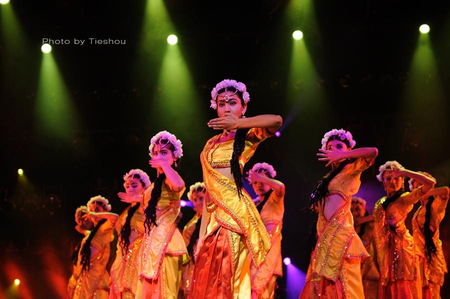 大美新疆——绚丽多姿热情奔放的新疆歌舞[原创]_图1-26