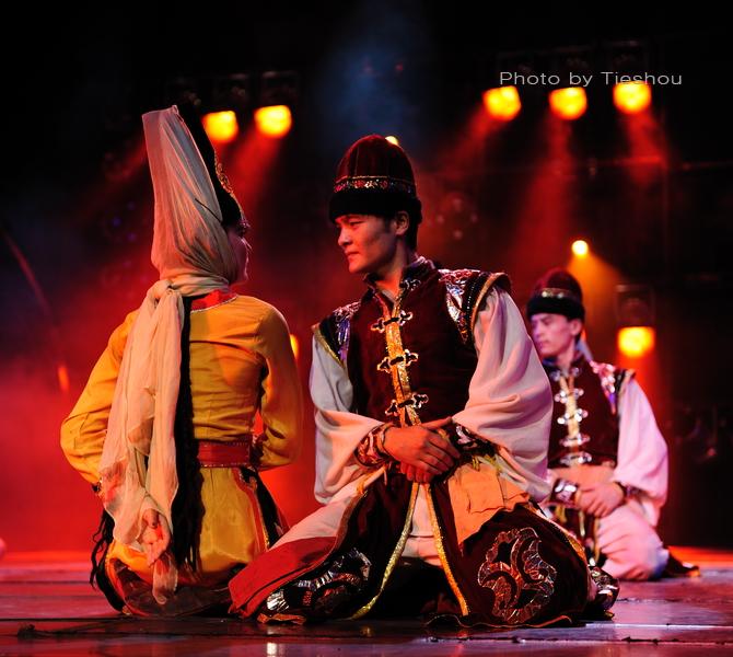 大美新疆——绚丽多姿热情奔放的新疆歌舞[原创]_图1-32