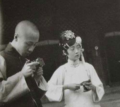 溥仪、婉容生活照_图1-5