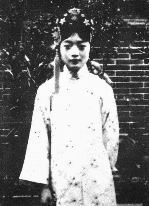 溥仪、婉容生活照_图1-8