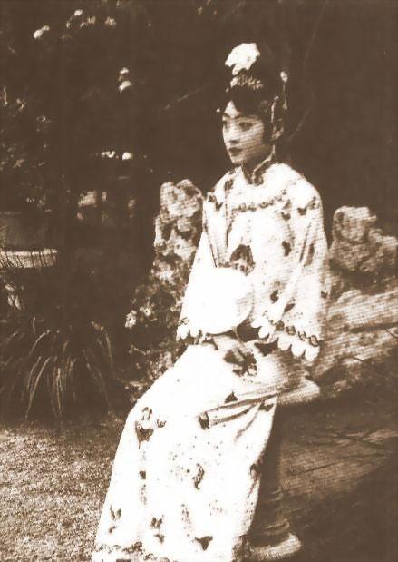 溥仪、婉容生活照_图1-11