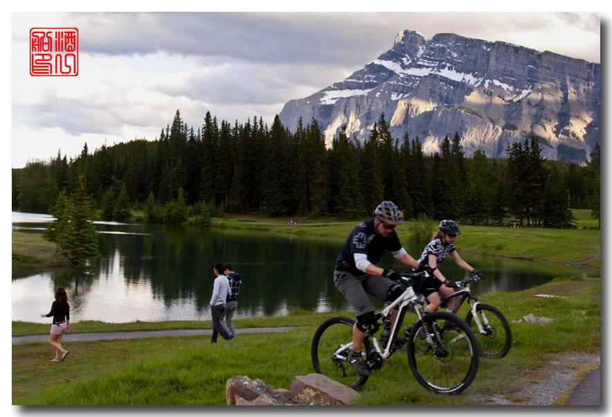 《原创摄影》:湖光山色落基行 - Banff 城边的湖_图3-5