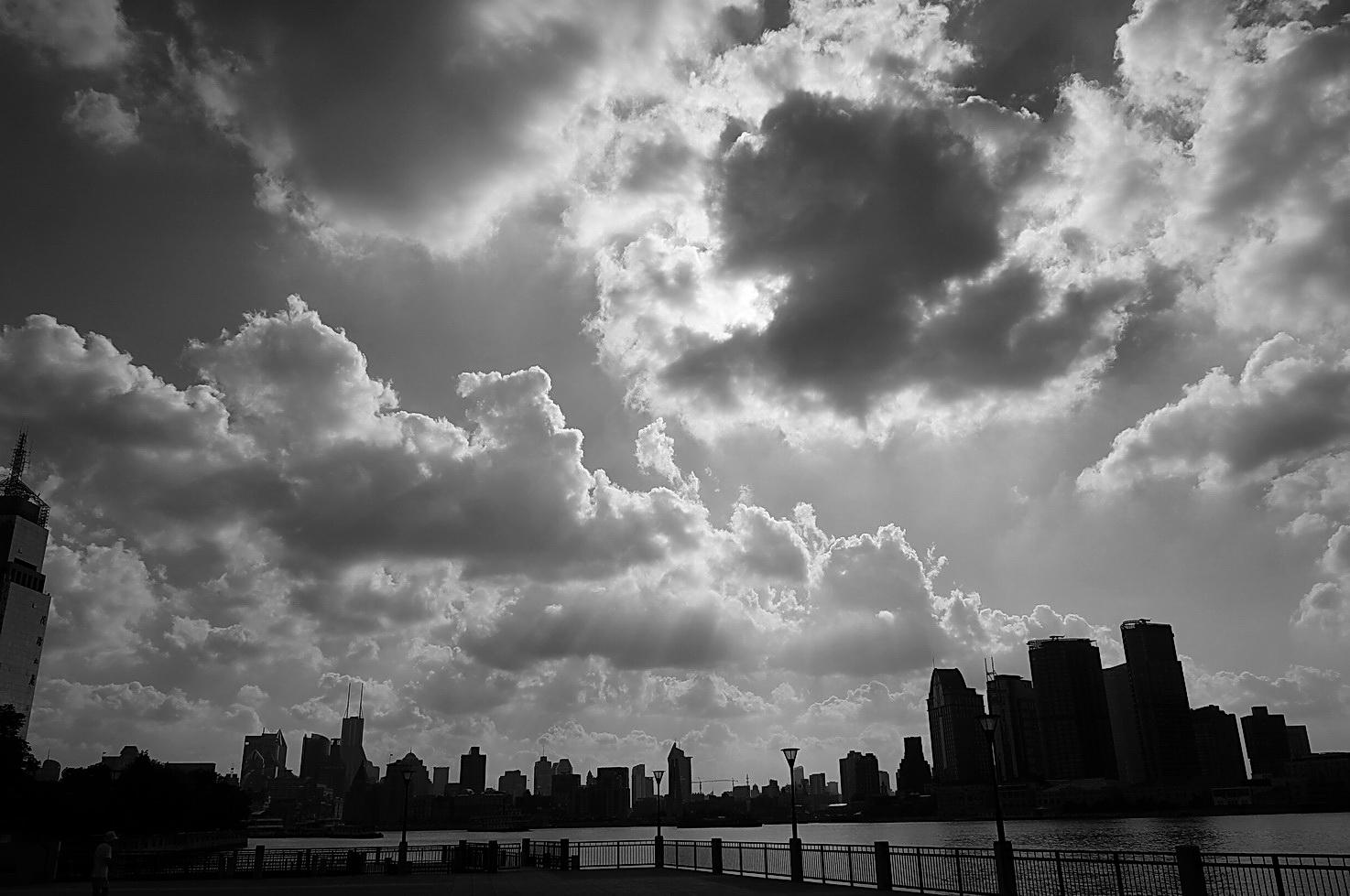 外滩上空的云_图1-1