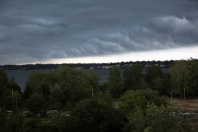 龙卷风后的龙卷云