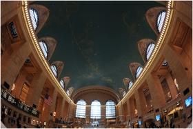 【相机人生】鱼眼望穿纽约大中央车站