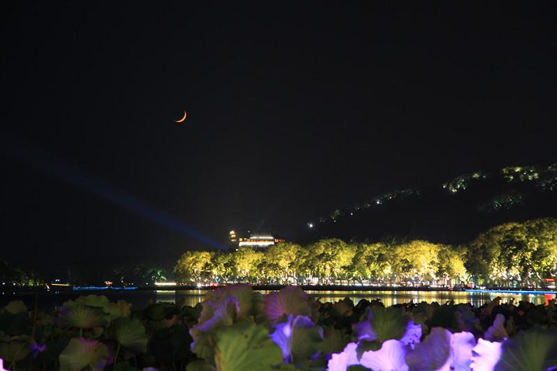西湖秋夜_图1-19