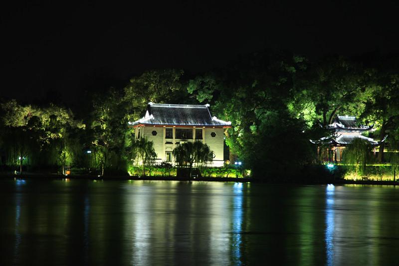 西湖秋夜_图1-11