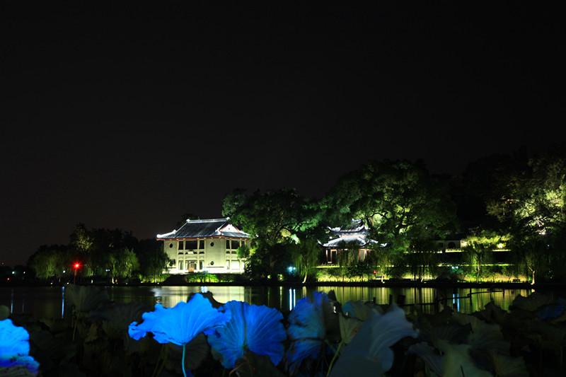 西湖秋夜_图1-7