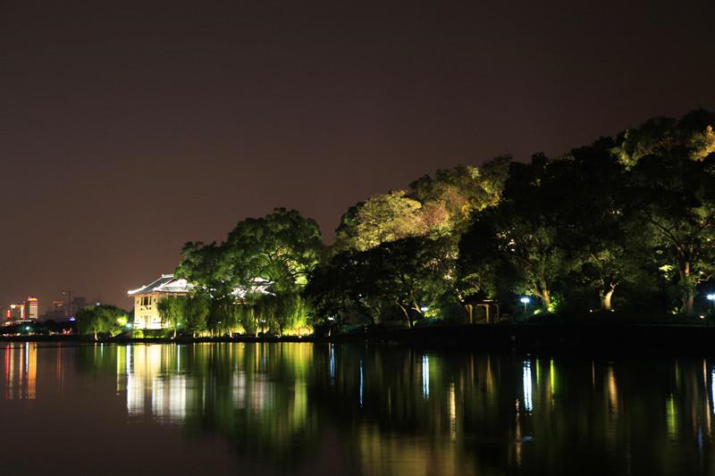 西湖秋夜_图1-5