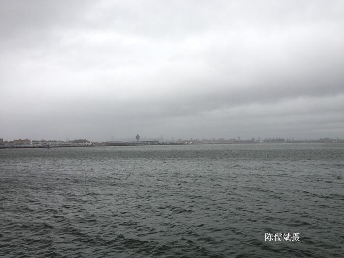 风暴来临之前的法拉盛郊区_图1-4