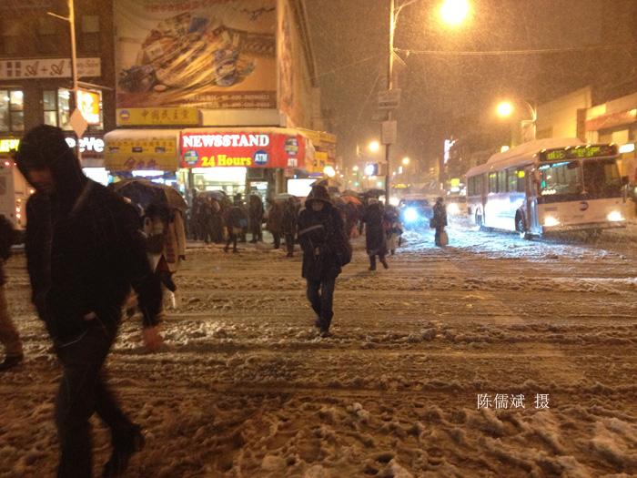 霜上加雪,这场大雪下得真不是时候_图1-4