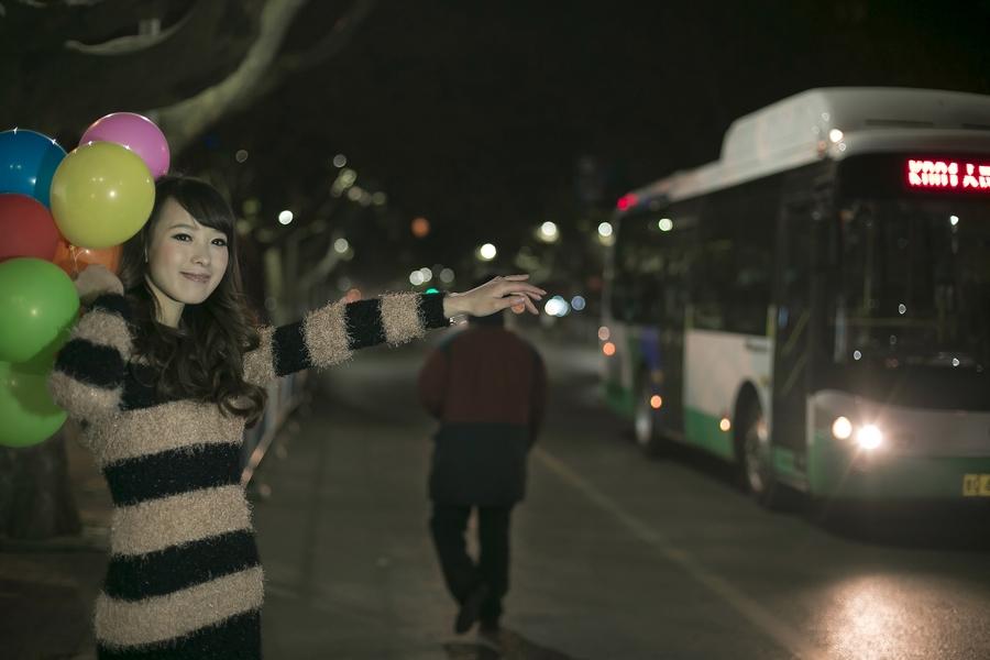 一个人的夜---临沂女孩张夏街拍_图1-13
