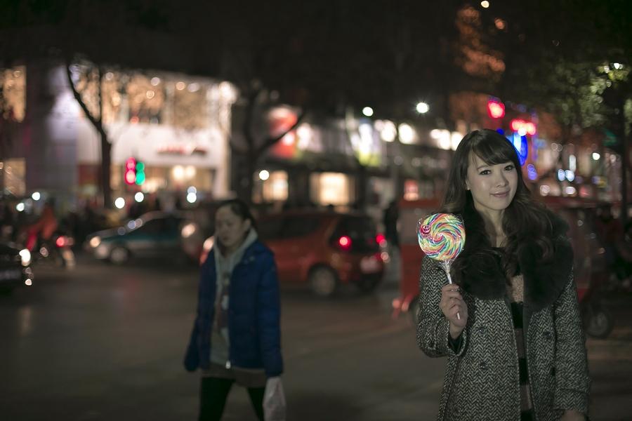 一个人的夜---临沂女孩张夏街拍_图1-14