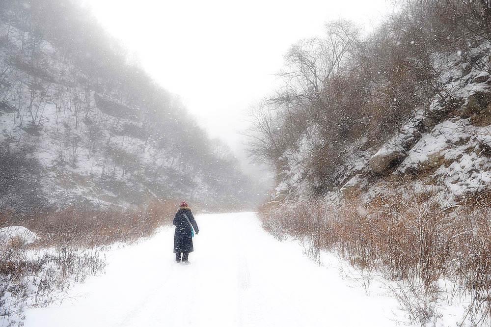 大雪简单图片风景图画