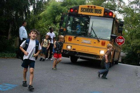 美国校车为什么安全?_图1-1