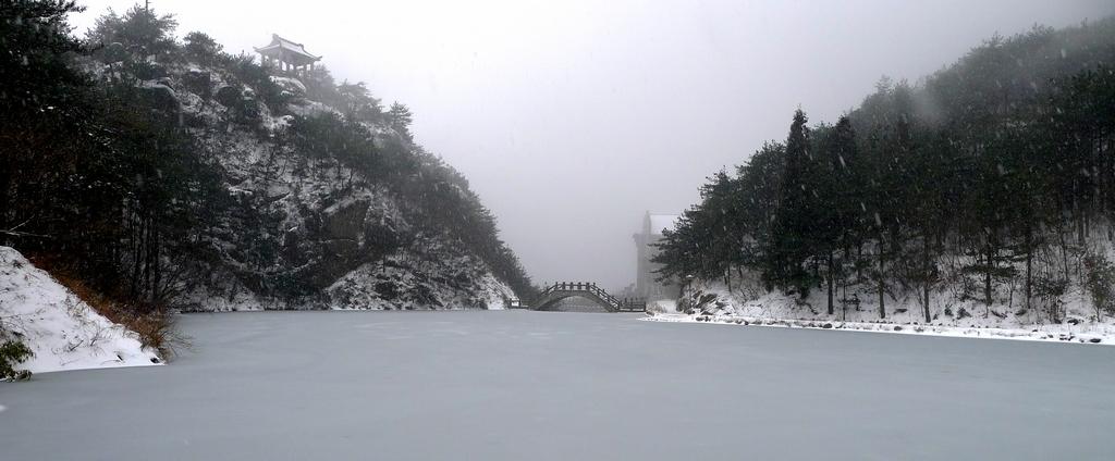 情雪天柱山_图1-5