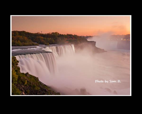 Colorfull Niagara Falls_图1-4