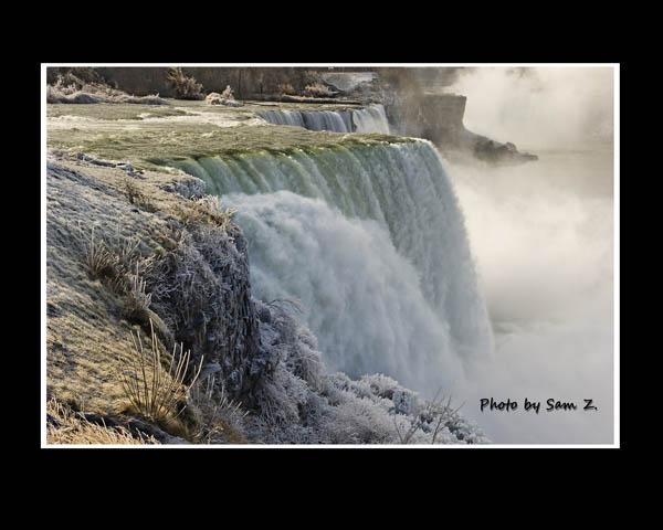 Colorfull Niagara Falls_图1-6
