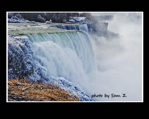 Colorfull Niagara Falls_图1-7