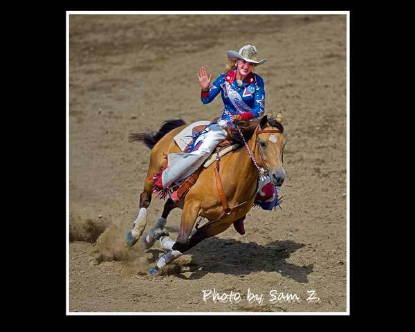 疯狂的牛仔竞技表演秀 之 一:胭脂 与 马_图1-4