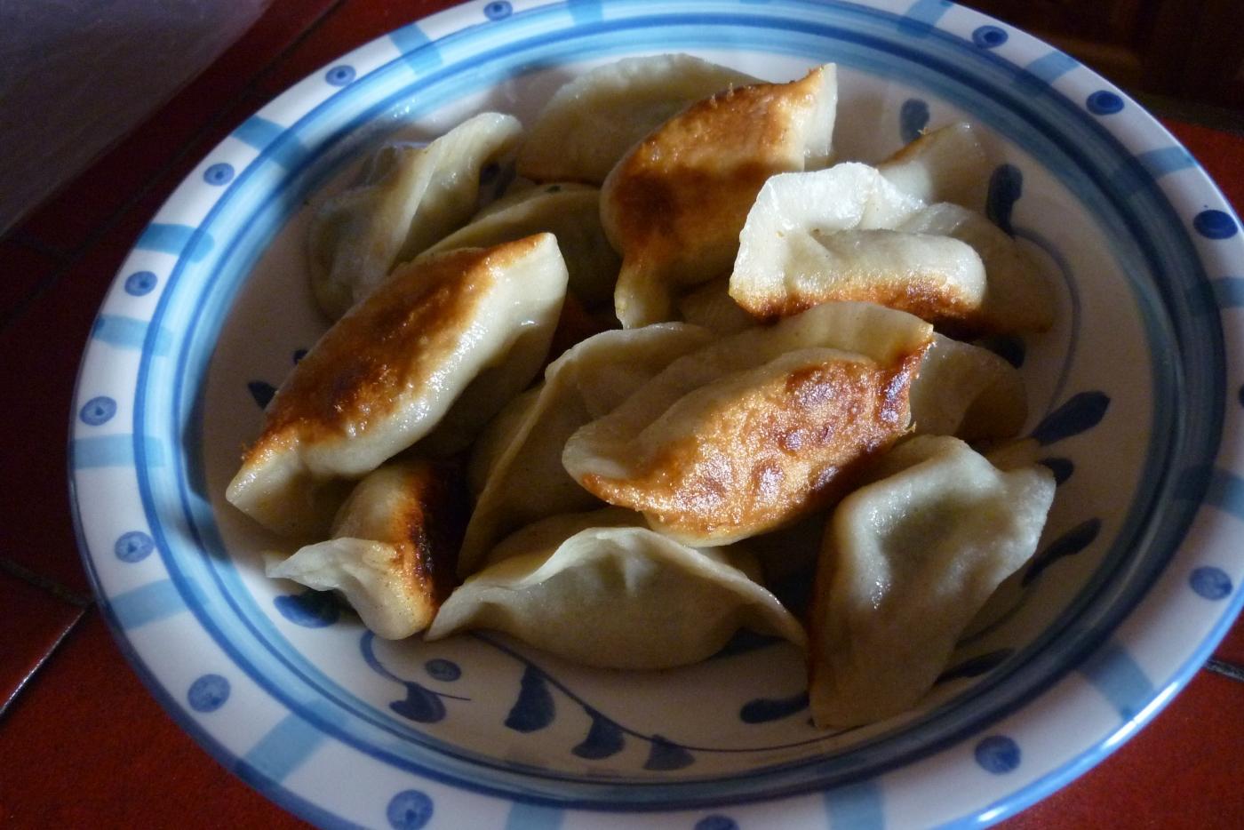 《江南小菜》----炒豇豆和煎饺     请红酒兄鉴赏_图1-3