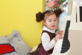 虎妈逼我学钢琴