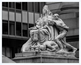 曼哈顿的建筑雕塑