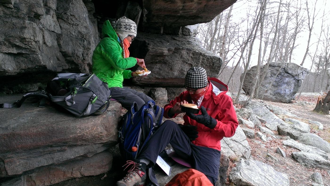 酷寒冬夜,翻山嶺,過溪河---夜山行之2 / Tuxedo/Sebago -- Night Hike Take 2 ... .. ..._图1-9