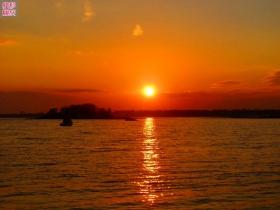 转眼又见夕阳红
