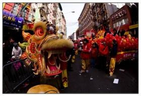 纽约唐人街庆新春大巡游