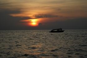 洞里萨湖观日落