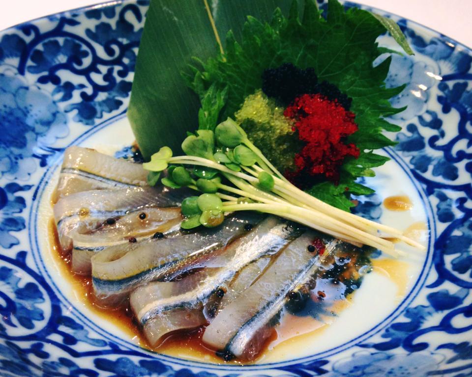 梵婗推介:秋刀魚刺身_图1-1