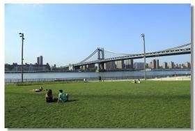 漫步布鲁克林桥及桥下公园
