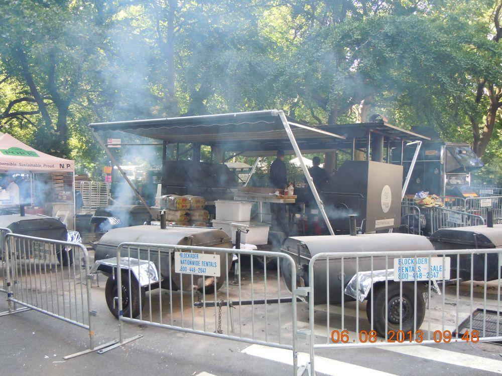 曼哈頓一年一度燒烤大會_图2-6