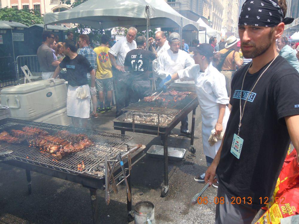 曼哈頓一年一度燒烤大會_图2-22