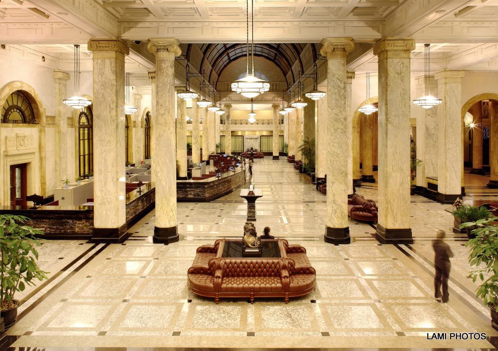 历经90年风雨,上海汇丰银行大楼华贵依旧_图1-6