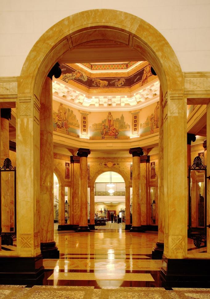 历经90年风雨,上海汇丰银行大楼华贵依旧_图1-5
