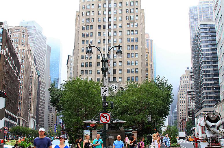 记录我熟悉的城市《曼哈顿》的晨雾_图1-1